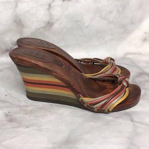 ✂️ Zara wooden striped wedge sandals 36